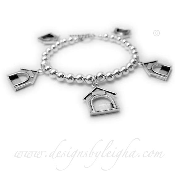 Dog Lover / Dog House Photo Charm Bracelet comes with 5 Dog House or Cat Picture Frame Charms. The perfect gift for a Fur Mommy with Fur Babies! I would be happy to insert the photographs into the Dog Picture Frame charms, if you would prefer.
