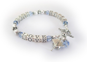 Graduation Bracelet with a Gradauation Cap Charm