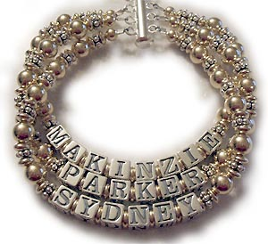 3 string mothers bracelet with 3 names