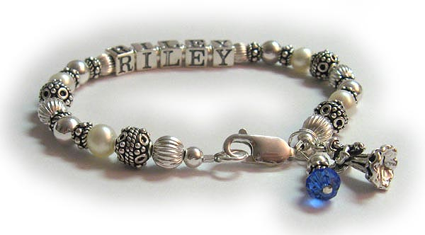 1 string pearl mom bracelet with crystals