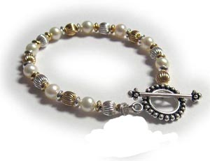pearls and gold mothers bracelet